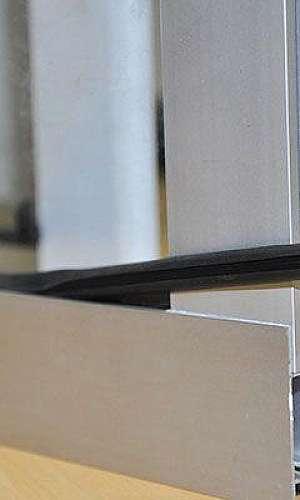 Borracha para perfil de alumínio