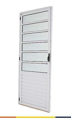 Comprar porta de alumínio